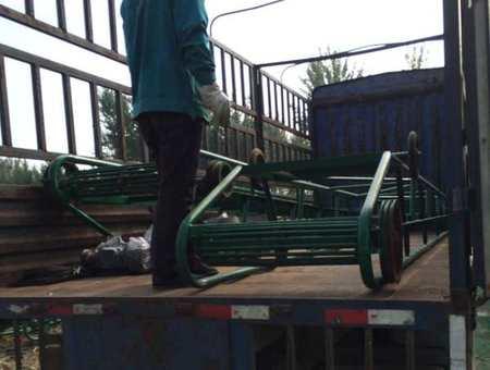 移动式输送机发货